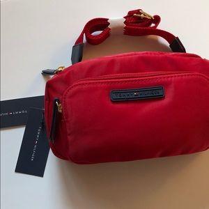 NWT🌸Tommy Hilfiger Multifunction Bag